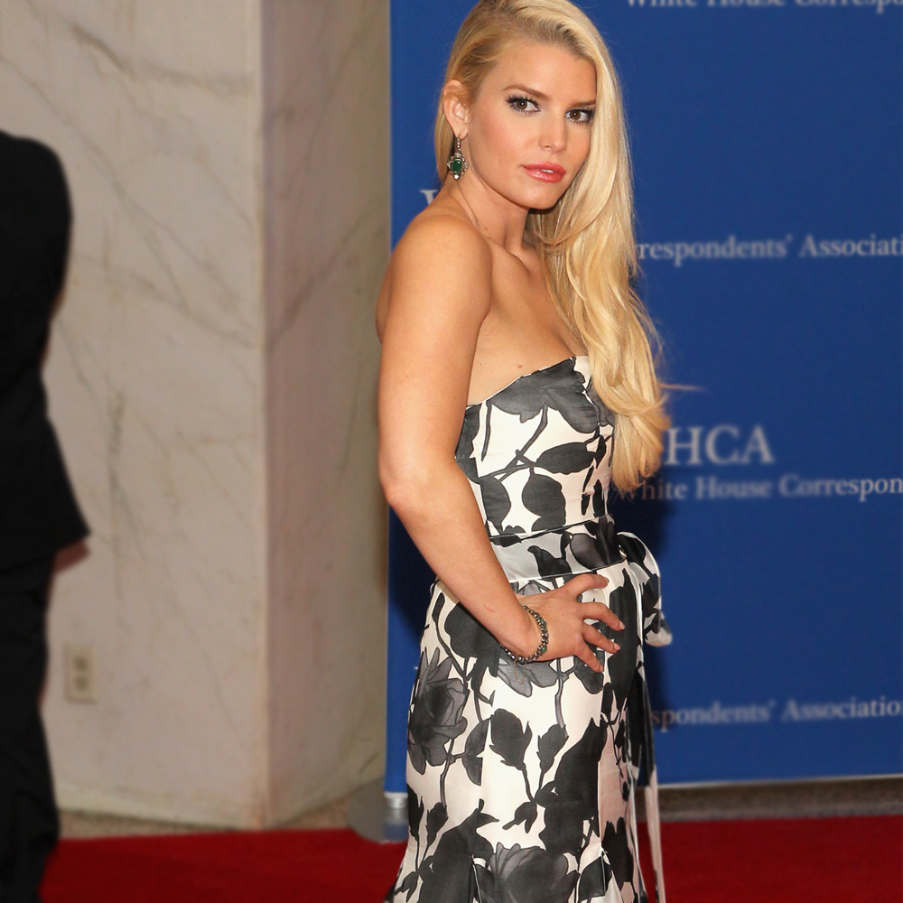 Jessica Simpson Keeps The Weight Off