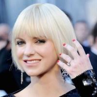 anna-faris-white-hair