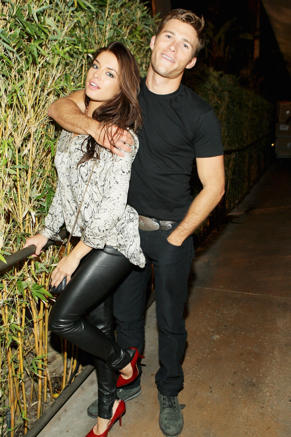 Who does scott eastwood date