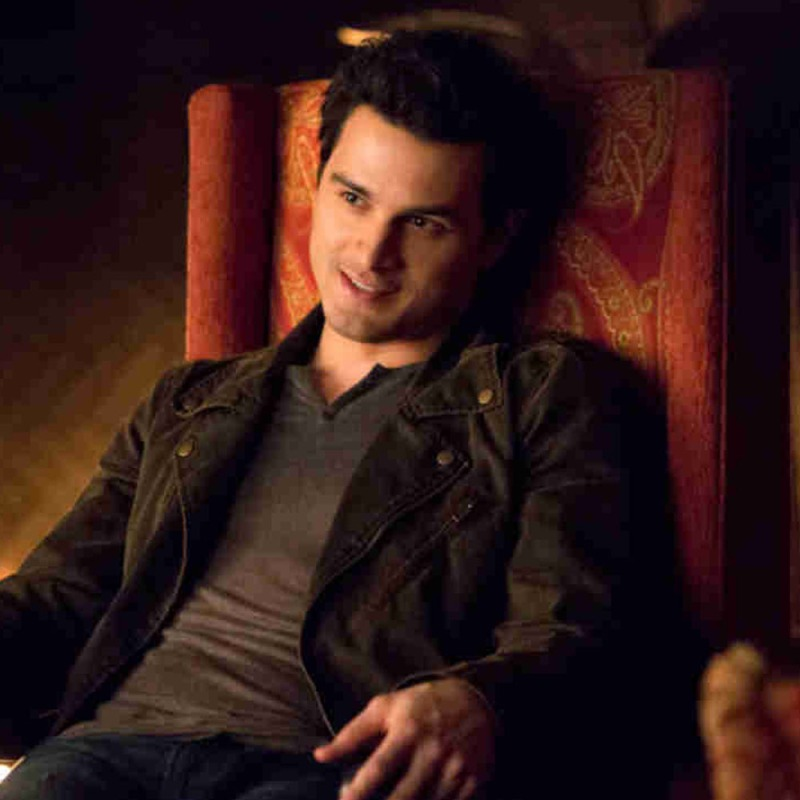 Who are the cast of vampire diaries dating
