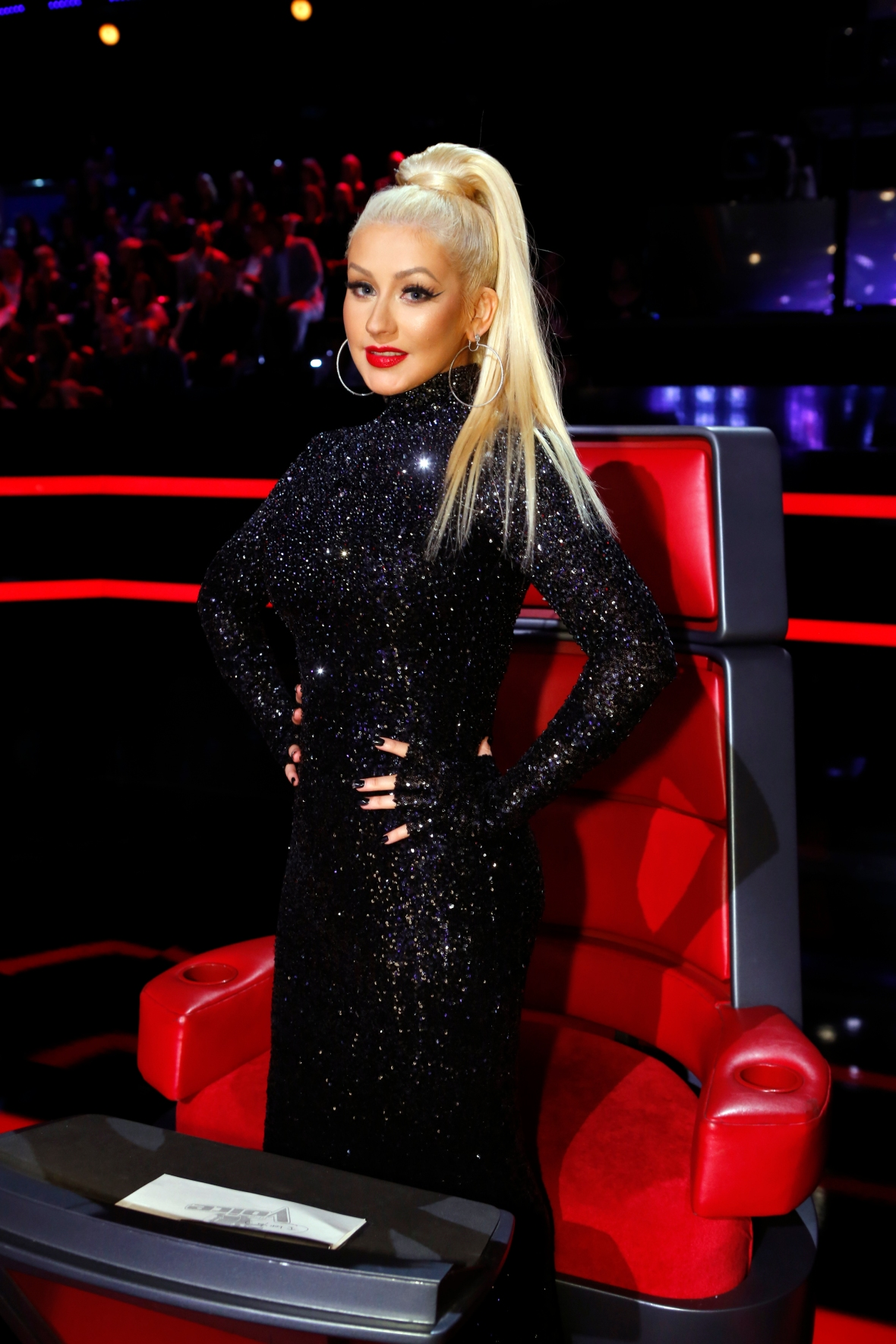 what happened to christina aguilera on the voice