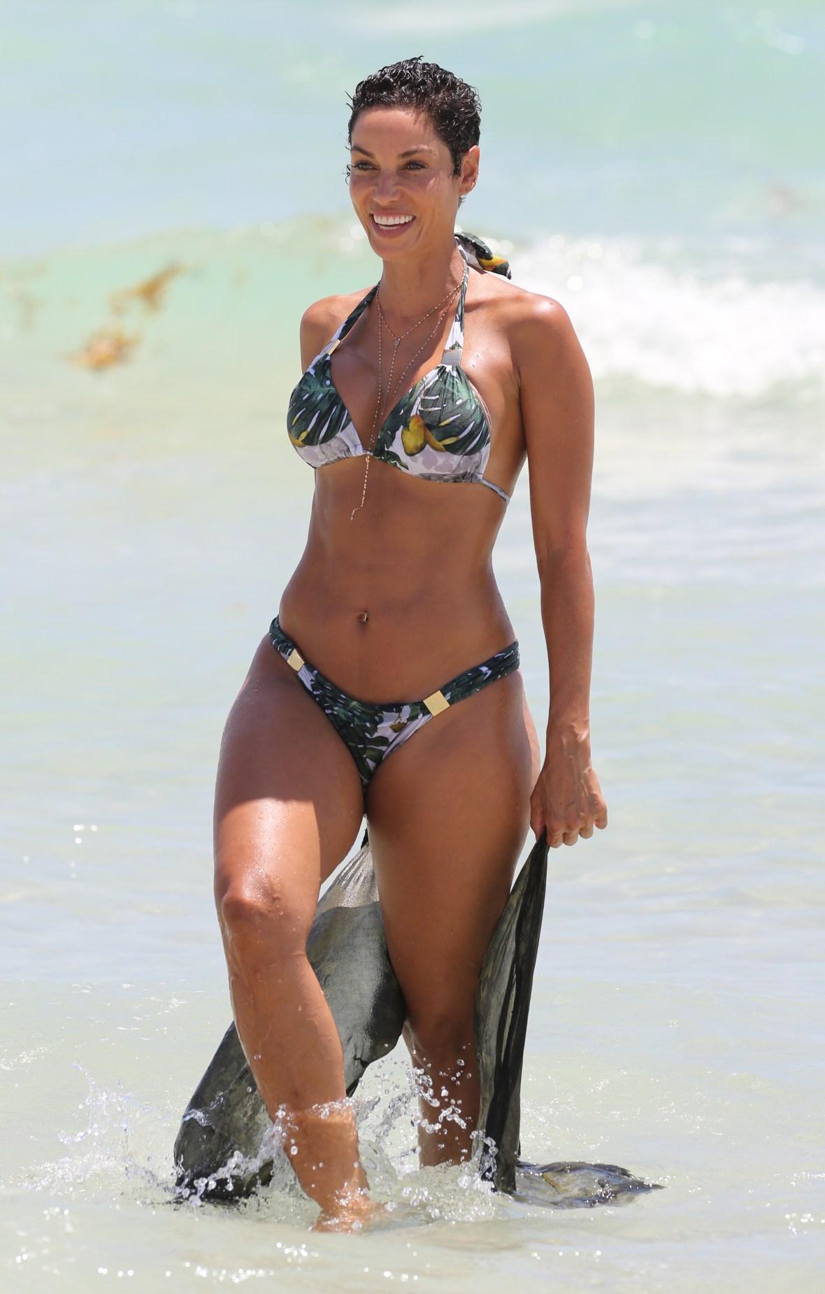 nicole murphy bikini shoot miami