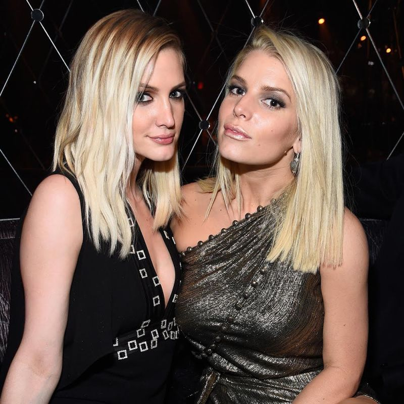 Pregnant Ashlee Simpson and Jessica Simpson Fighting