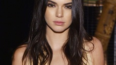 kendall-jenner-acne