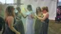 bride-destroys-dress