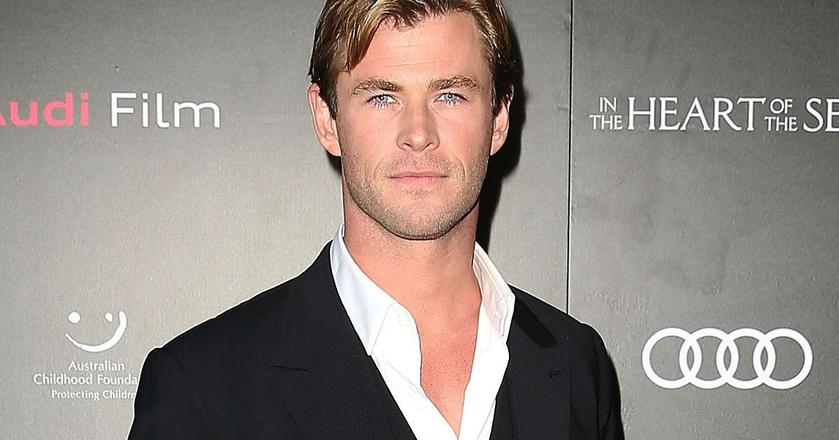 Chris Hemsworth Shows Off Drastic Weight Loss Ahead of New ...