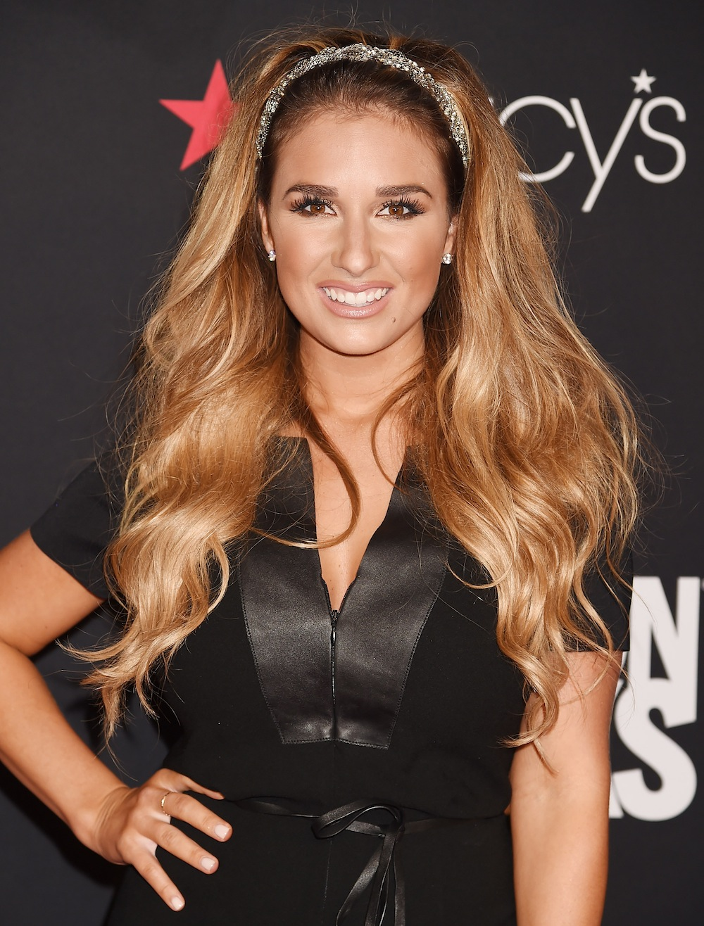 Jessie James Decker Doesn't Care If Her Naked Selfies Make ...