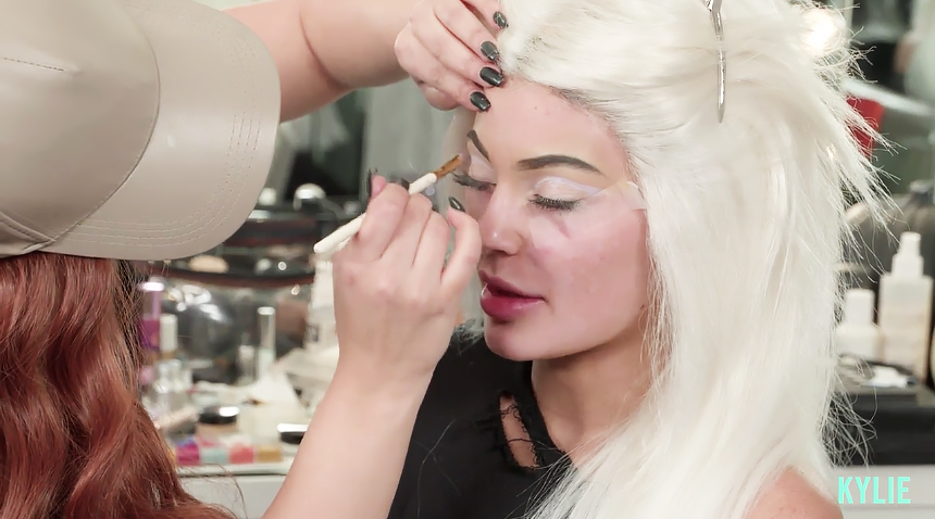 kylie jenner makeup 2