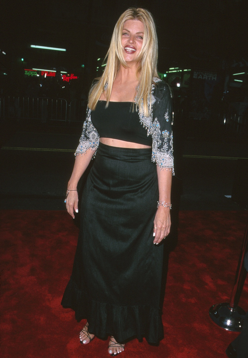 Kirstie Alley Flaunts 50-Pound Weight Loss in New Jenny Craig Commercial! -  Life & Style