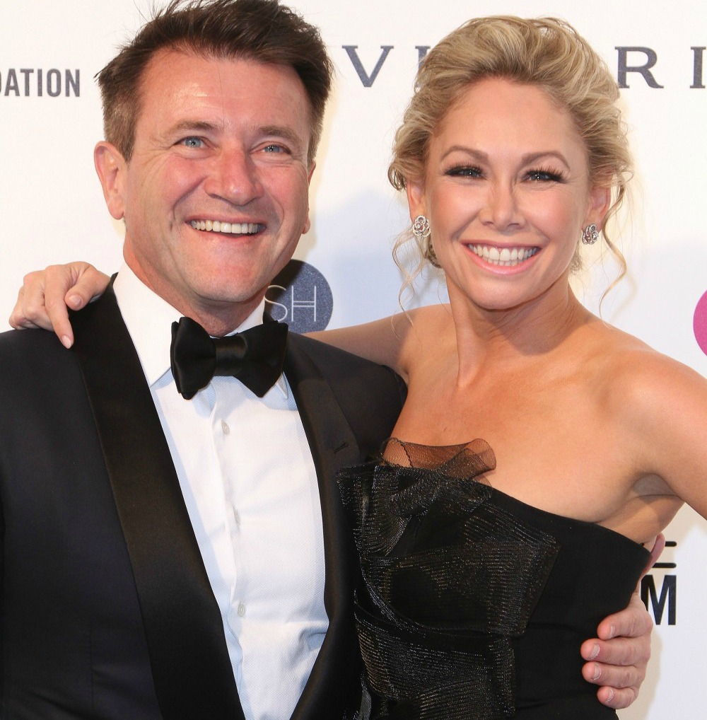 Dancing With The Stars Kym And Robert: 'DWTS' Pro Kym Johnson Shows Off HUGE Engagement Ring From