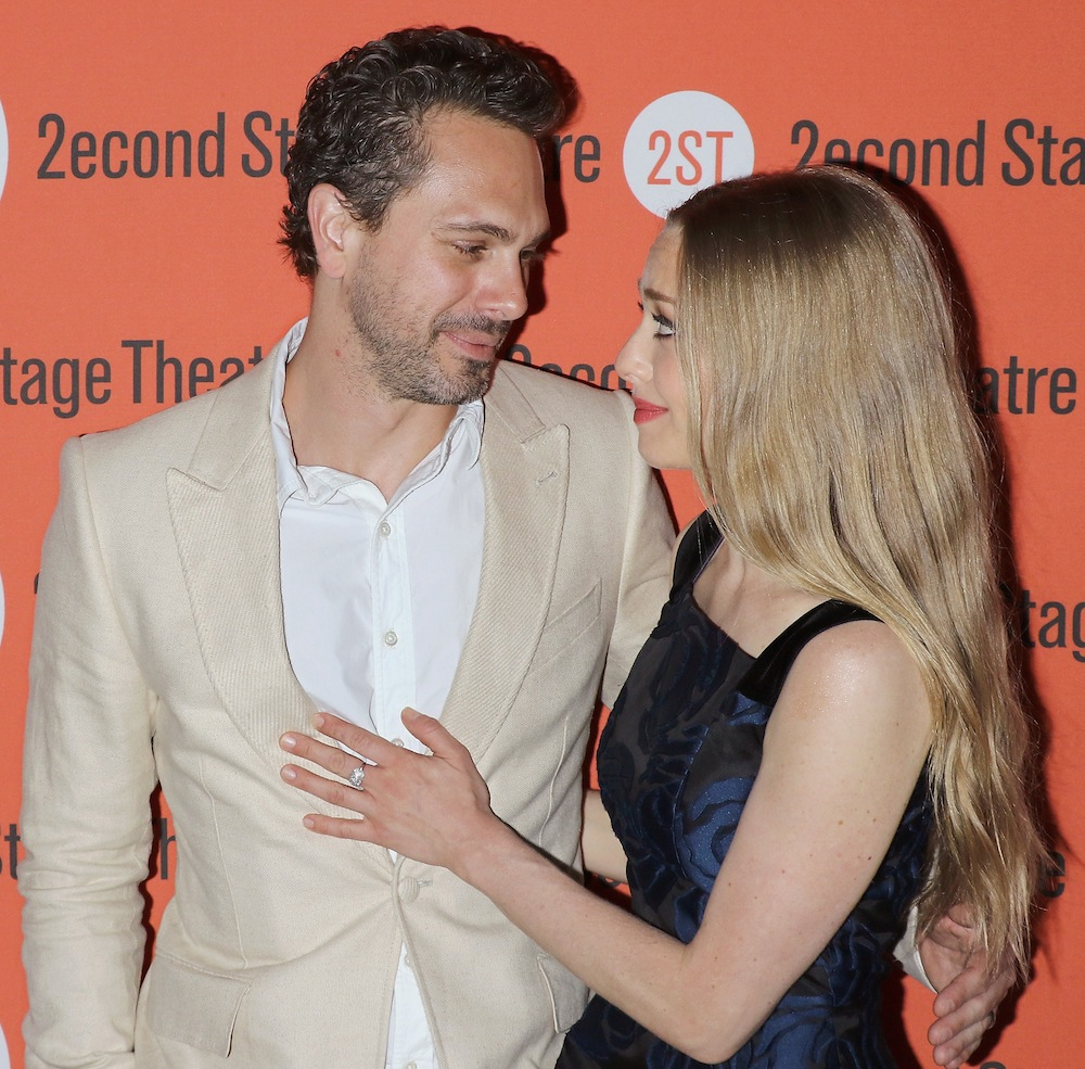 amanda seyfried thomas sadoski getty images