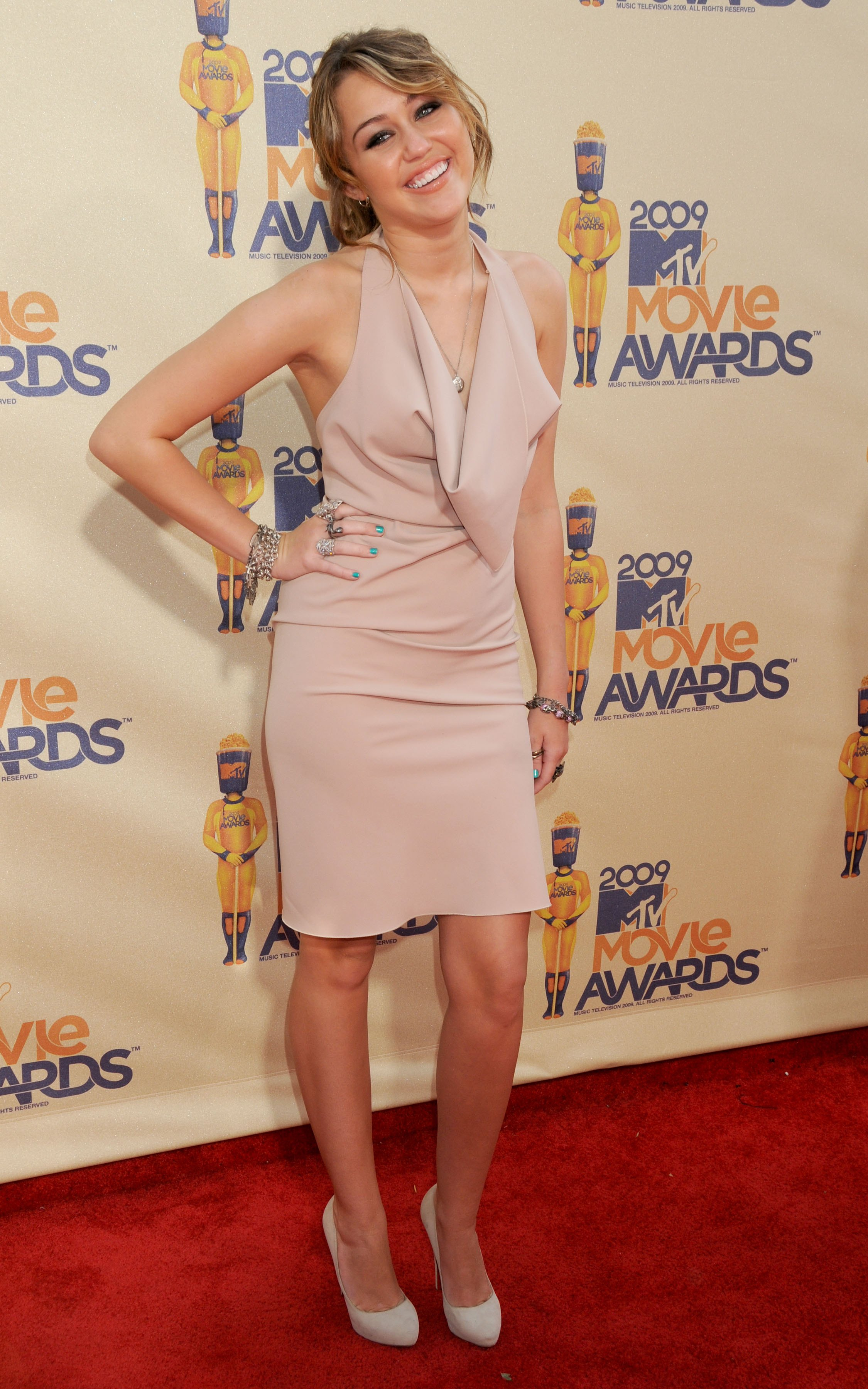 miley-cyrus-mtv-movie-awards-9