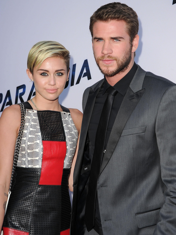 Miley cyrus peeing