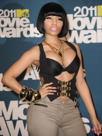nicki-minaj-mtv-movie-awards-2011