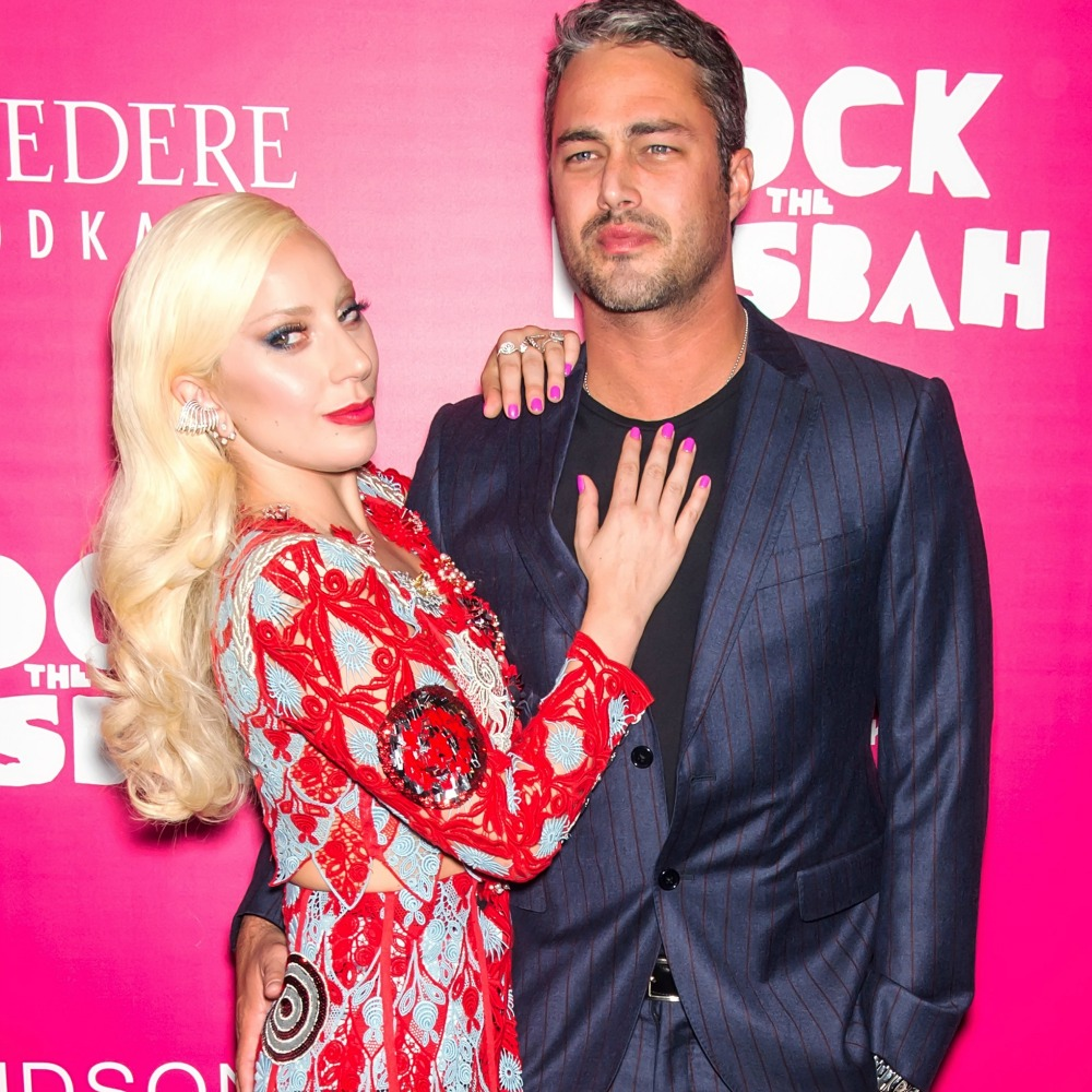 Lady Gaga Wedding.Lady Gaga And Taylor Kinney S Wedding Trouble No Date And No Venue