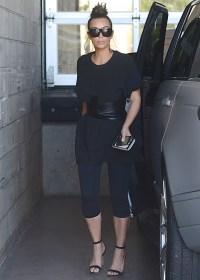 kim-kardashian-corset-1