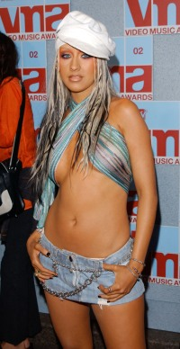 christina-aguilera-2002-vmas