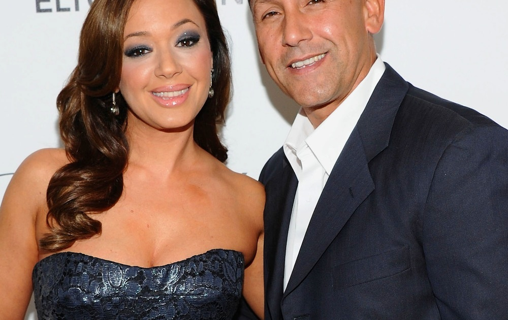 "Leah Remini Calls Her Husband a ""Serial Cheater"" in New Memoir - Life &  Style"