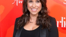 lacey-chabert-baby-girl-mean-girls