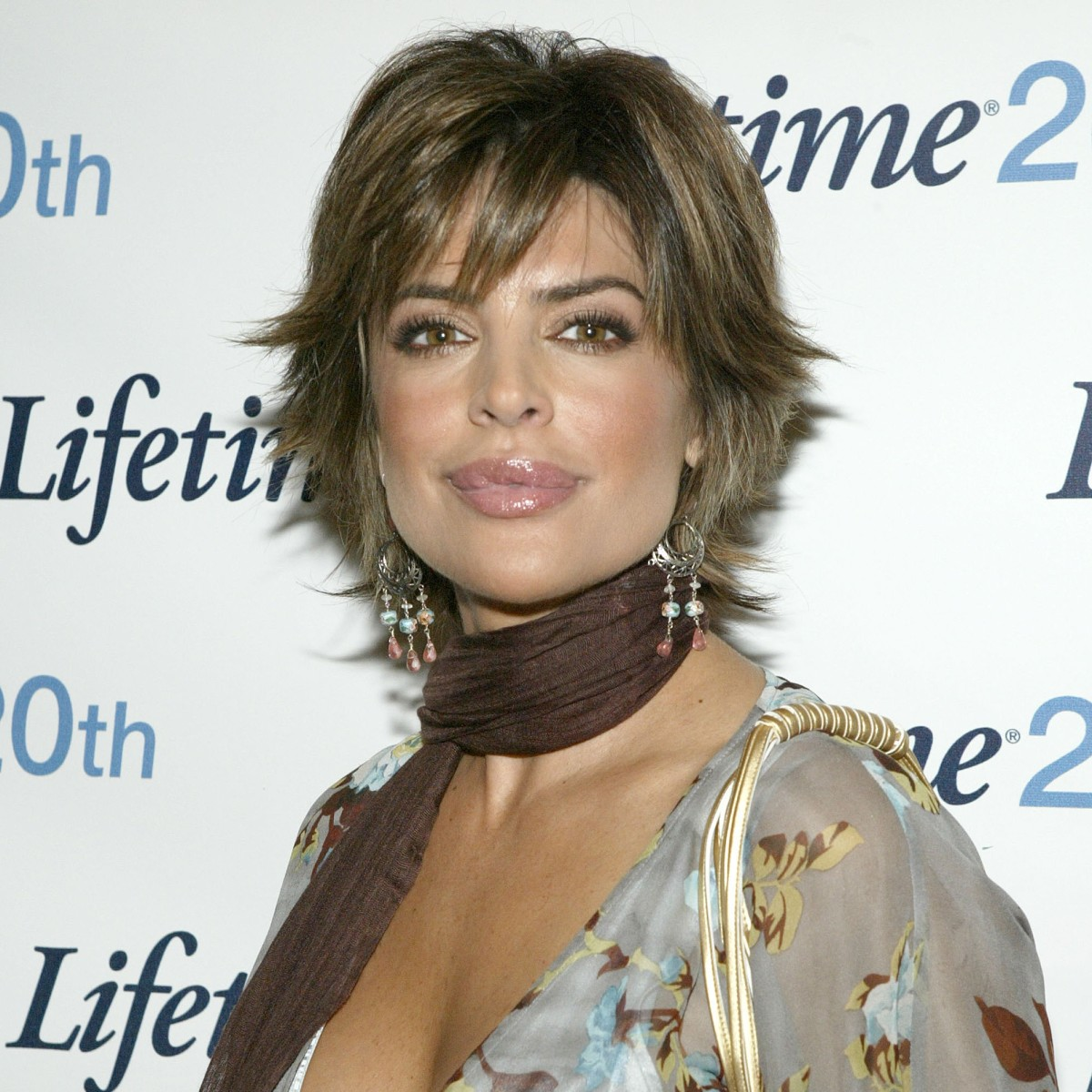 lisa rinna denies getting more plastic surgery after opening