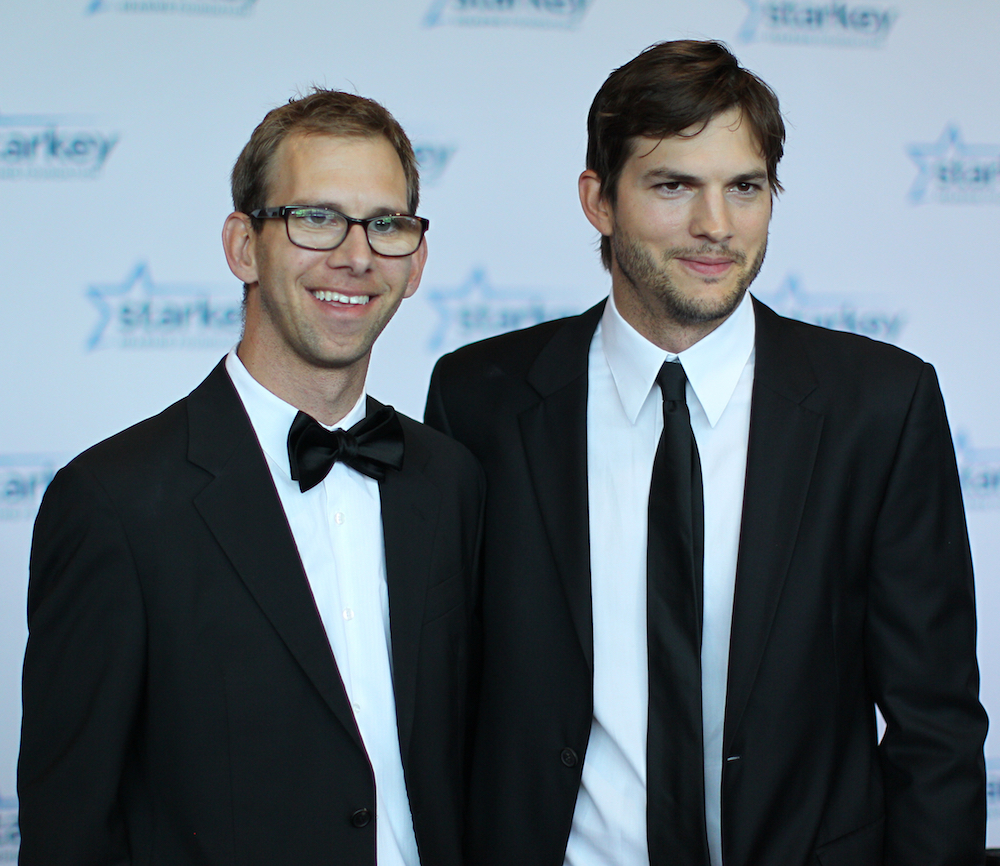 ashton kutcher michael kutcher getty images