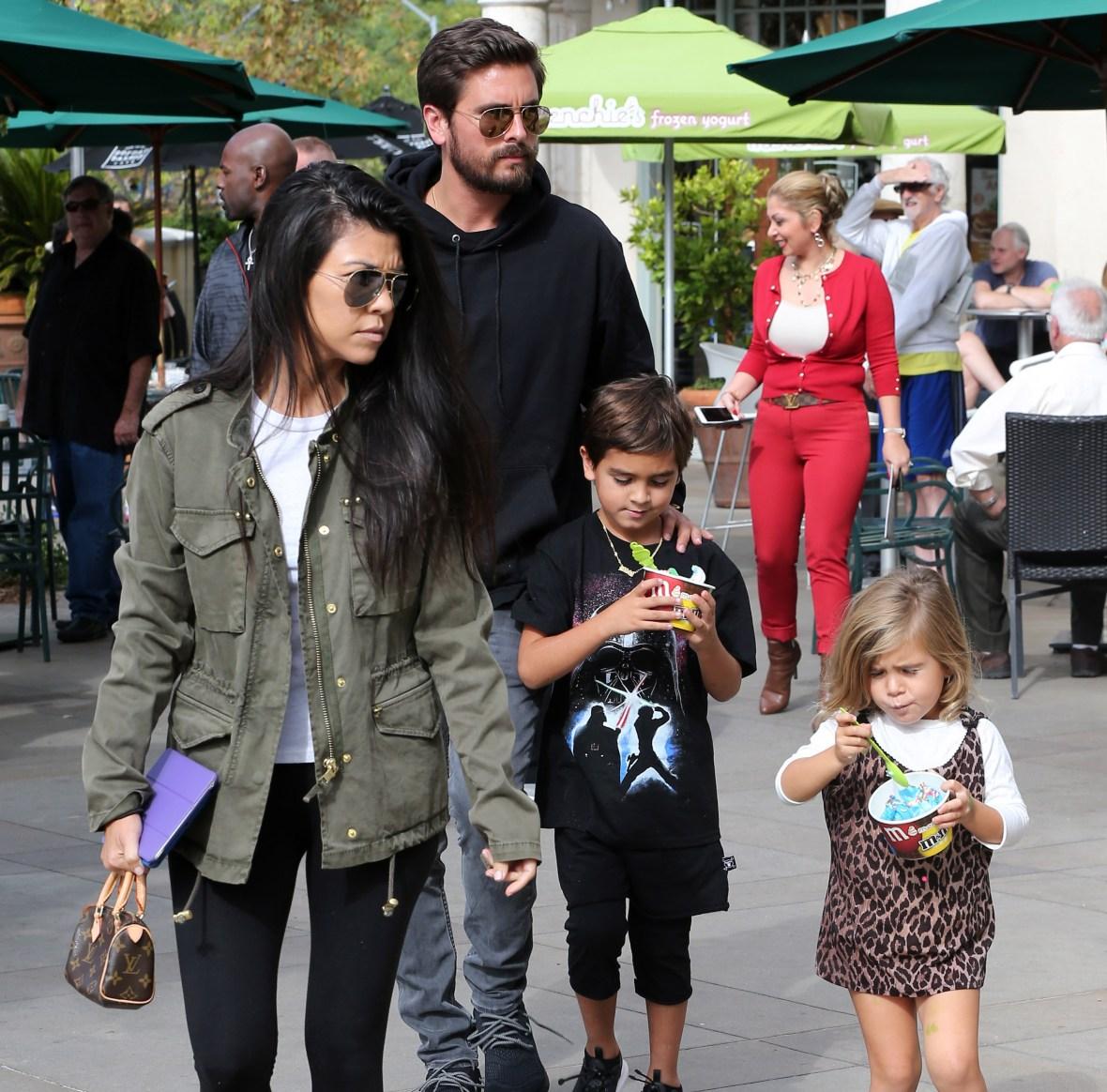 kourtney kardashian scott disick kids splash