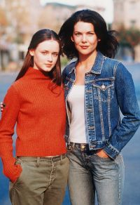 'Gilmore Girls' Facts: Alexis Bledel, Lauren Graham and More 4
