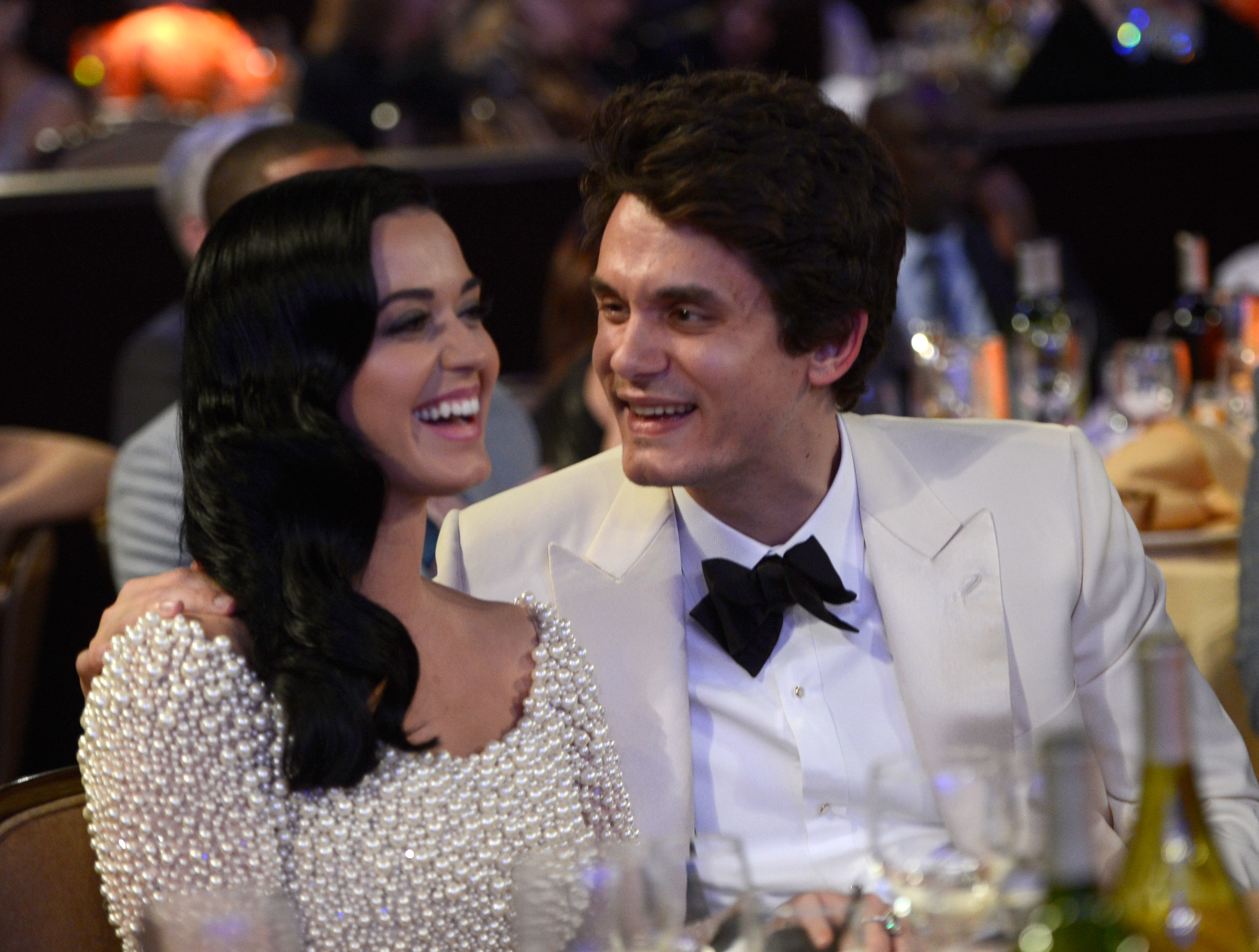 John Mayer Tries to Win Back Ex Katy Perry, Gets Majorly ...