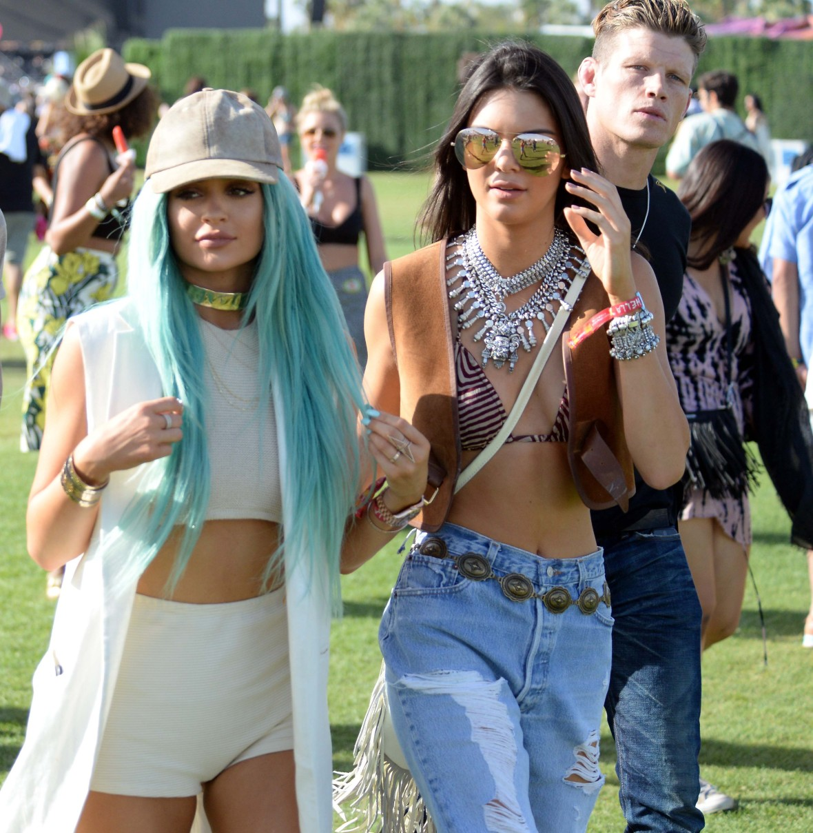 kendall and kylie jenner at coachella