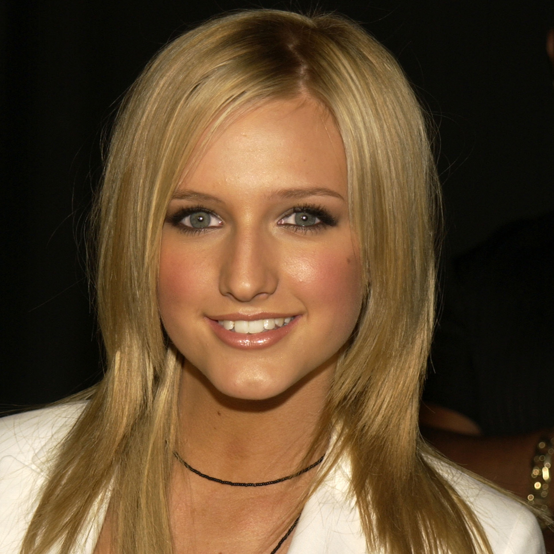 Ashlee Simpson Plastic Surgery – Are All The Rumors True recommend
