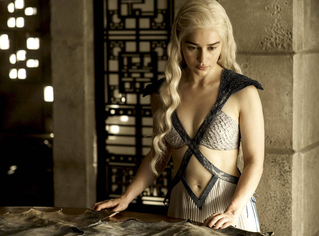 emilia clarke game of thrones hbo