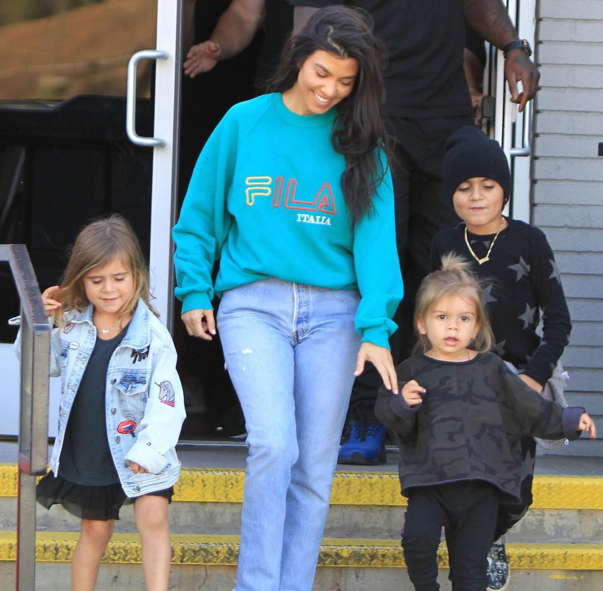 kourtney kardashian kids splash
