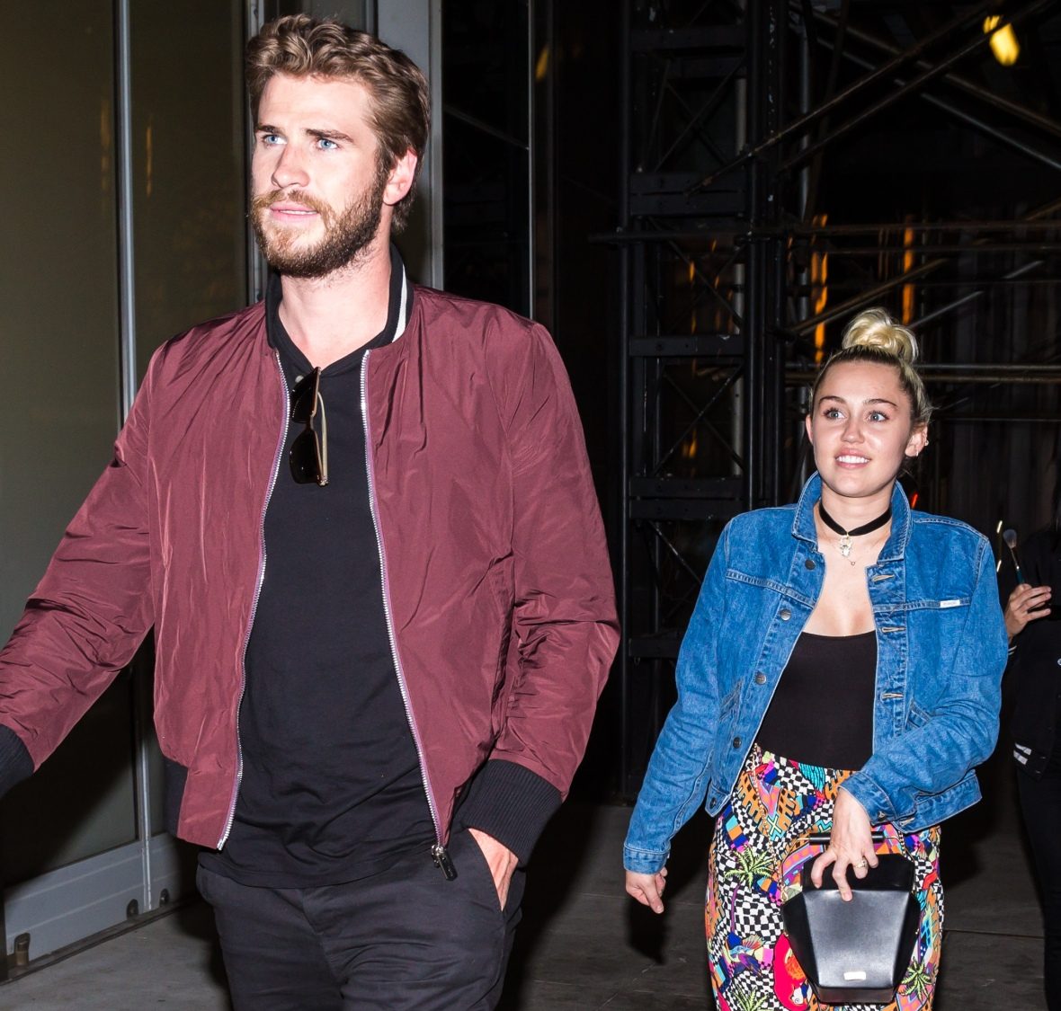 miley cyrus liam hemsworth splash