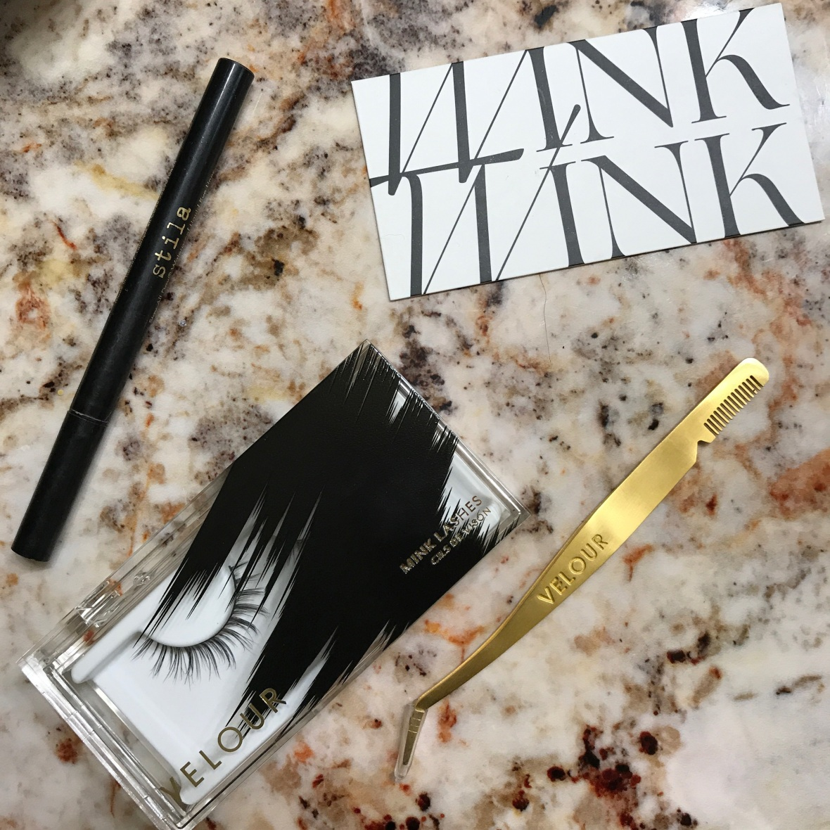 how to apply lashes 3