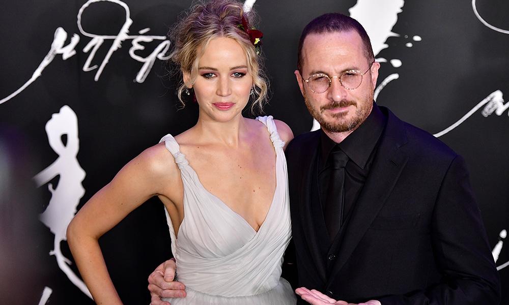 Jennifer Lawrence Engaged — Already Has Wedding Dress ...