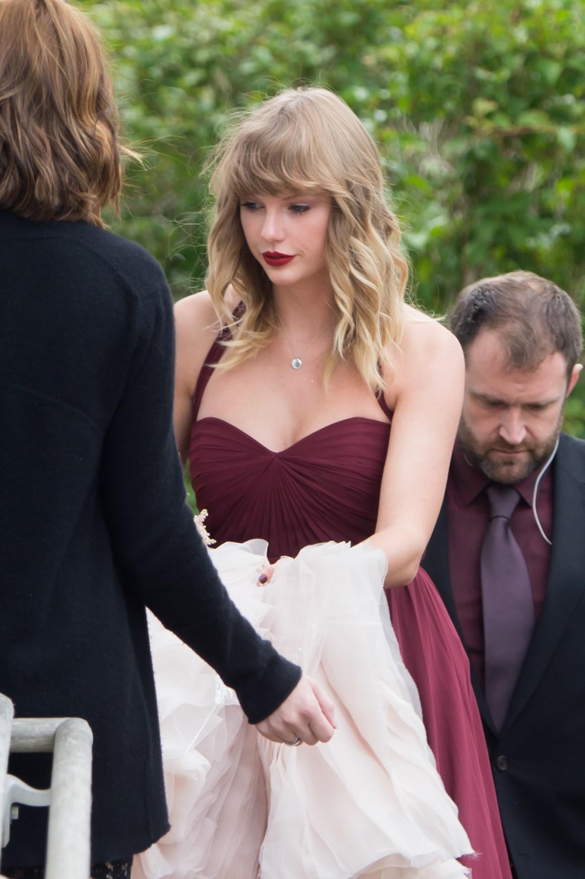taylor swift bridesmaid 2