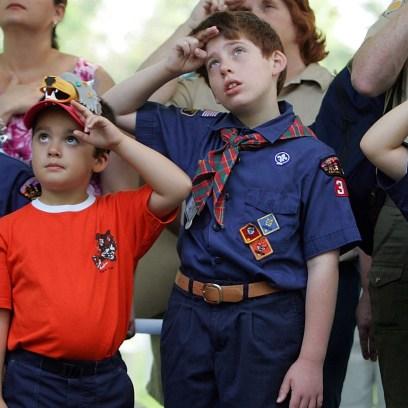 boy-scouts-letting-girls-in