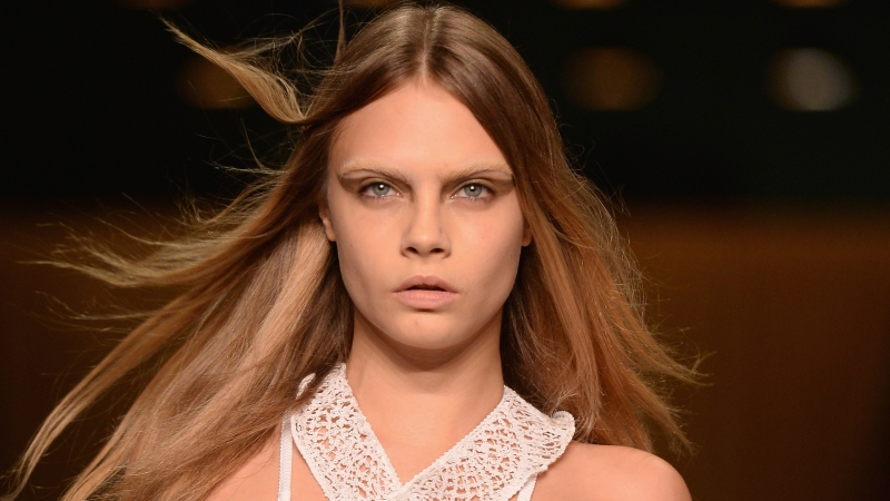 Here S What Cara Delevingne Would Look Like Without Those Famous