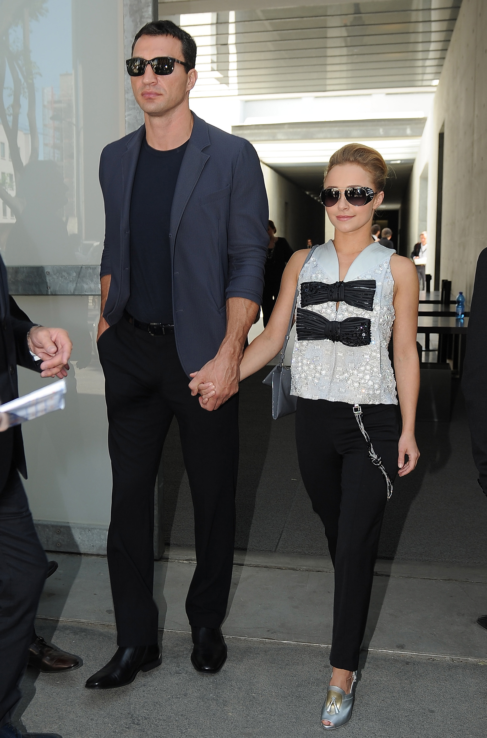 See These 11 Celebrity Couples With Crazy Height Differences - Life