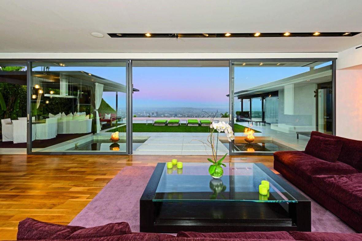 matthew perry's house (ls in book)