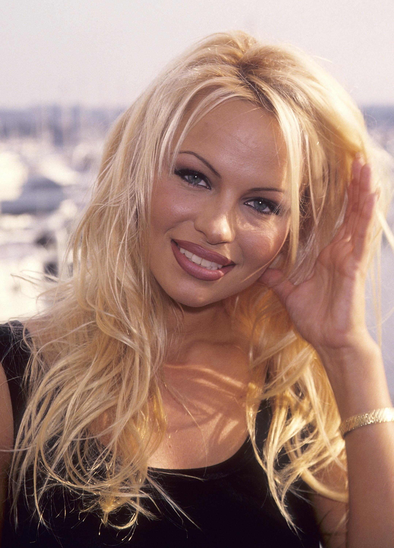 Pamela Anderson Nude Photos