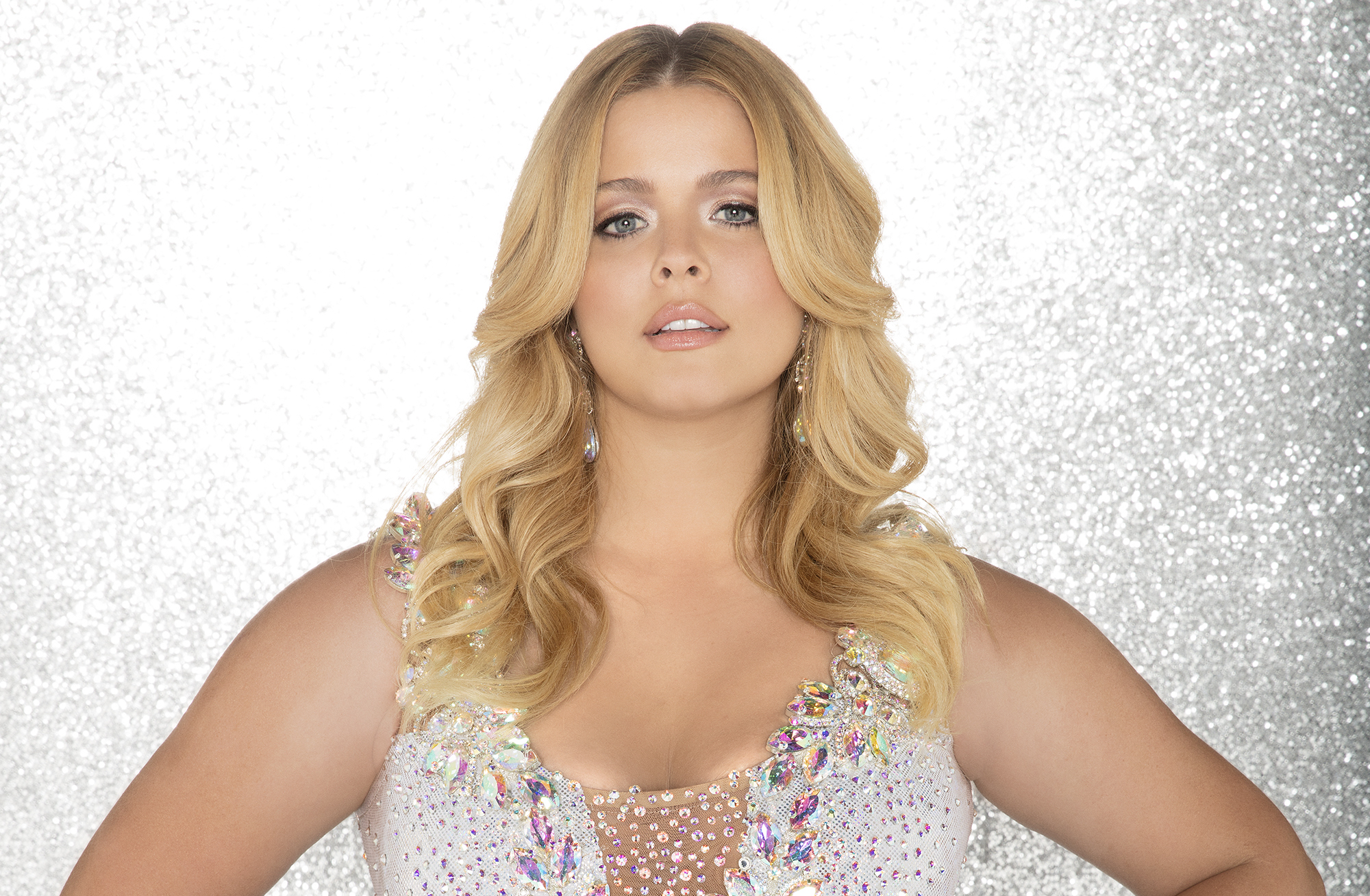 Sasha Pieterse Weight Gain Dwts Fave Opens Up About Hormone Imbalance