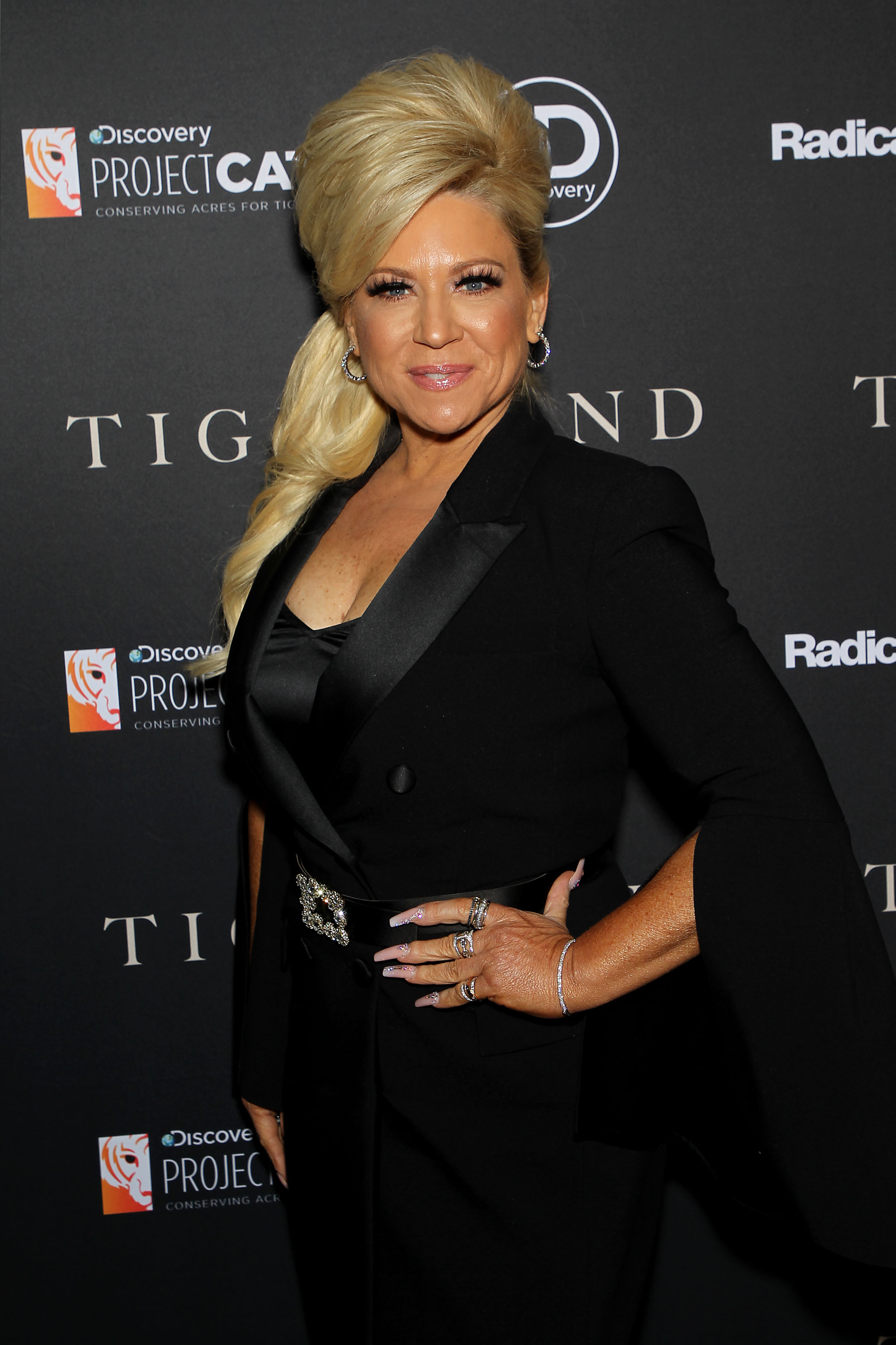 Long Island Medium New Season 2020.How Much Does It Cost To Get A Reading From The Long Island