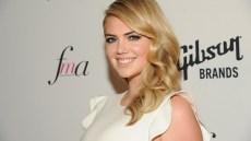 Kate Upton Plastic Surgery? Model Sparks Rumors at World Series!