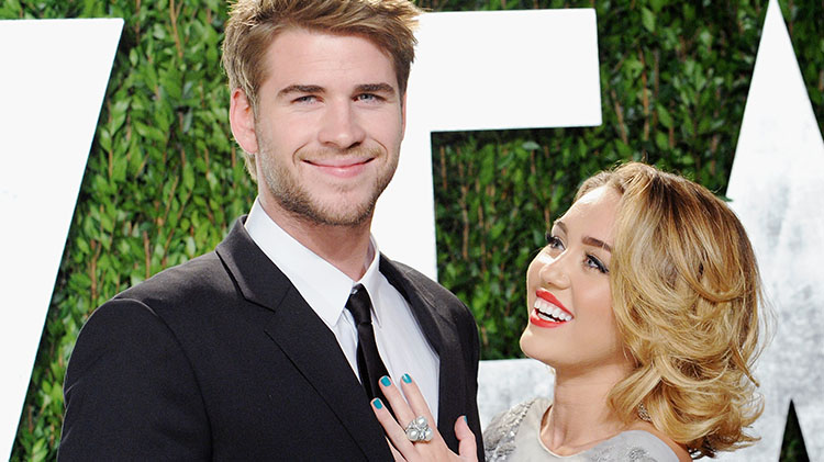 'The Last Song' Author Nicholas Sparks Congratulates Miley And Liam On Marriage