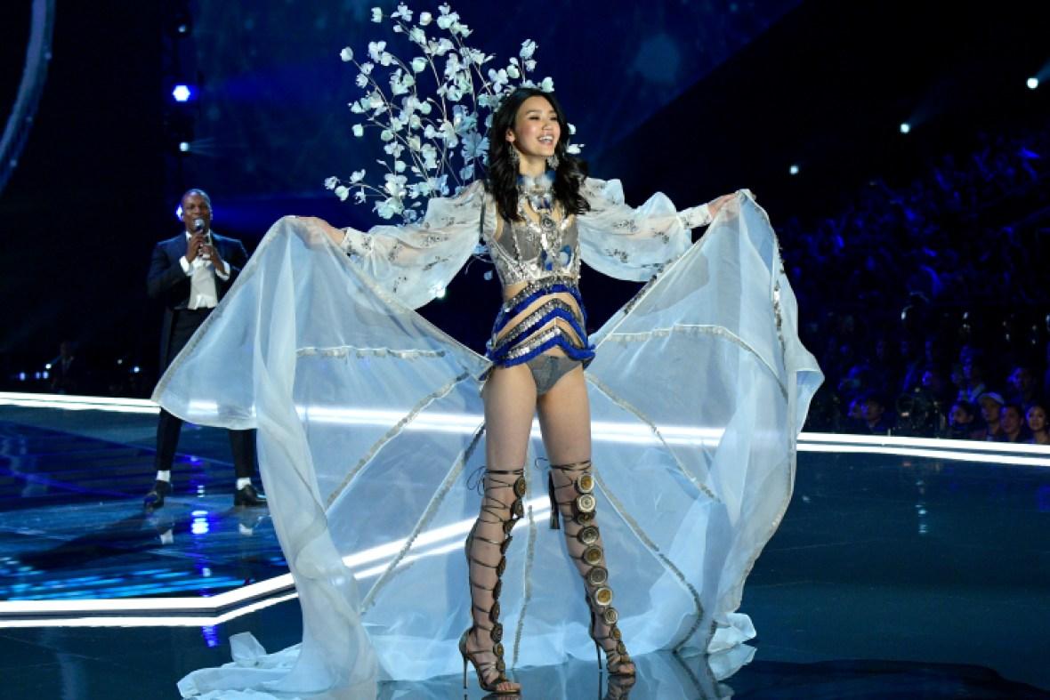 ming xi victoria's secret fashion show 2017 getty