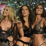 victorias-secret-fashion-show-live-stream-2017