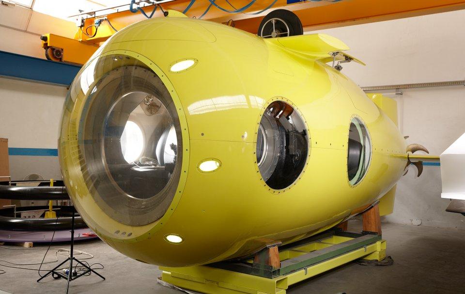 yellow-submarine-goop