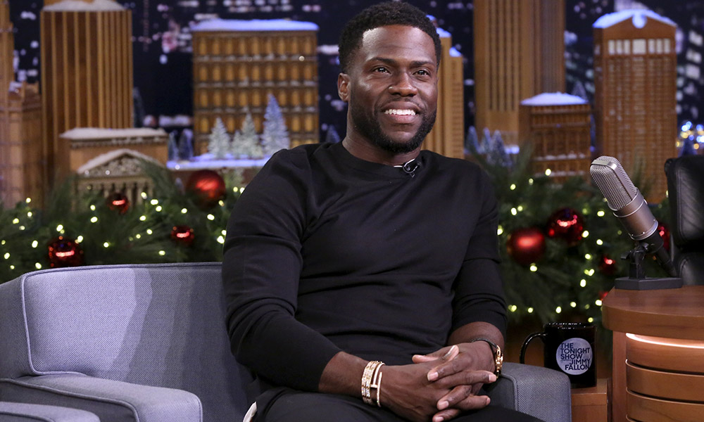 Kevin Hart S Christmas Card Shows Off His Picture Perfect Family