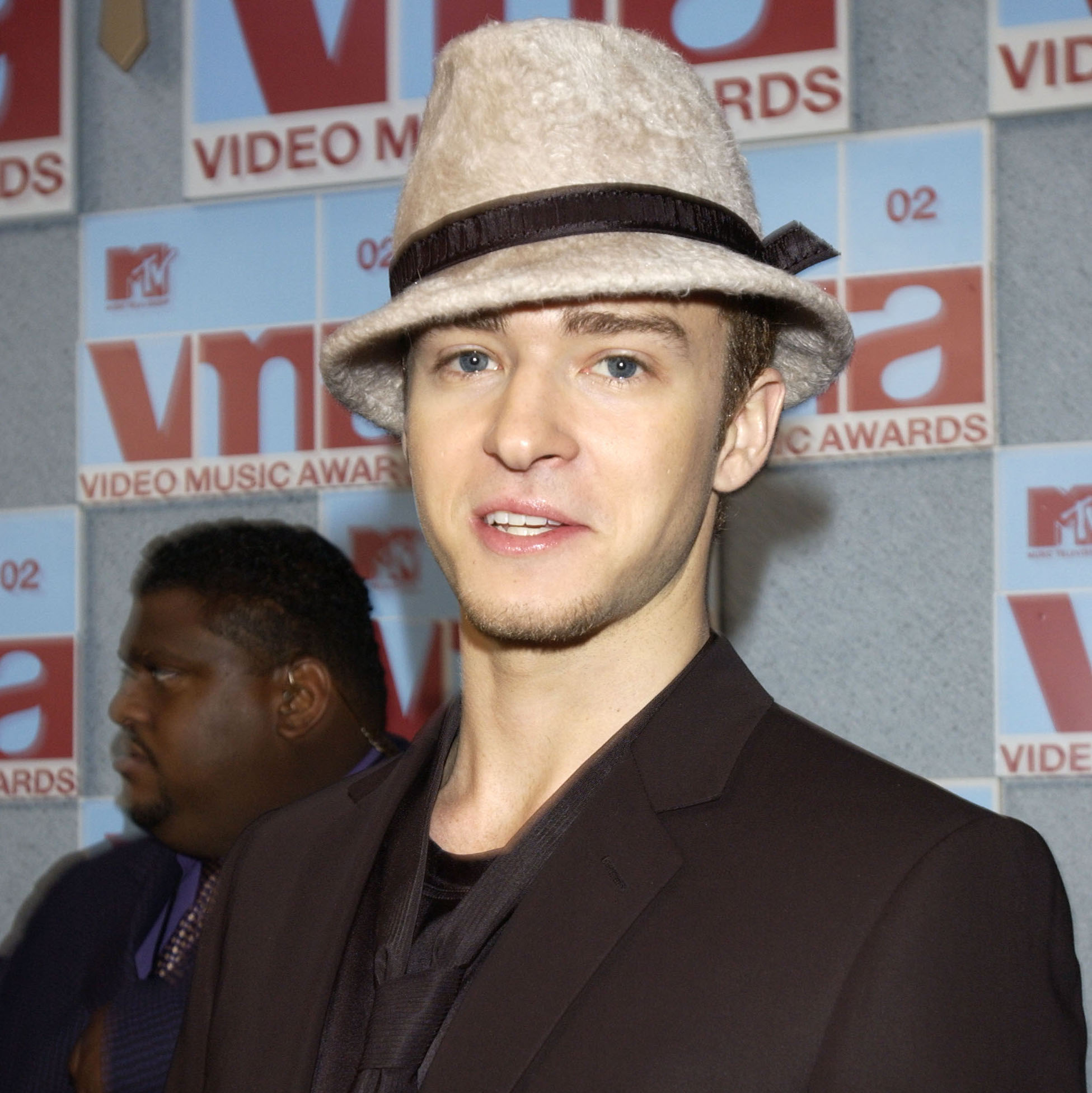 Celebrity Fedora Hats  2000s Fashion That Was Legit Heinous f018c26a218